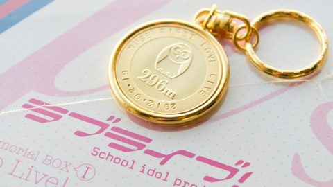 メダルとCD-BOX