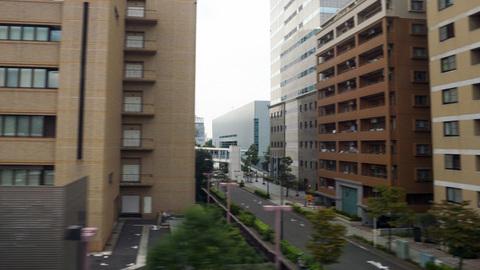 新幹線の車窓から見える横浜アリーナ